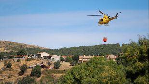 Bomberos de la Comunidad dan por controlado el incendio forestal de Robledo