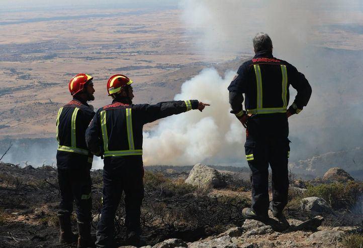 La Comunidad emprenderá trabajos de recuperación en terrenos de particulares afectados por el incendio de Cadalso