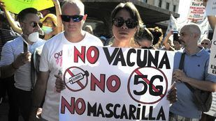 Cientos de personas se concentran en Colón contra la mascarilla obligatoria
