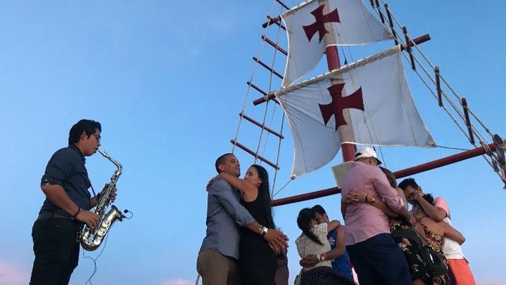 Columbus: The Romantic Dinner Cruise es el tour perfecto para demostrar el amor