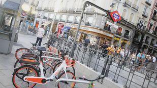 Bicicletas eléctricas sin base fija desplegadas en Madrid.