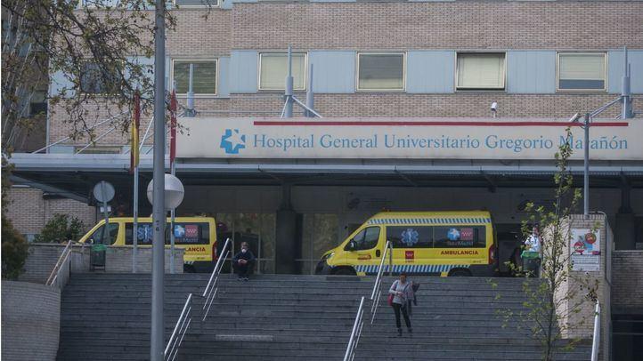 El Hospital de Móstoles, el Gregorio Marañón y el 12 de Octubre suspenden cirugías y consultas por el aumento de casos de Covid
