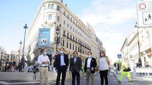 Los madrileños pueden ya disfrutar de una Puerta del Sol peatonal