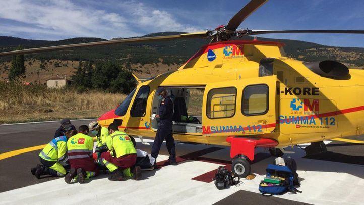 Traslado del motorista en helicóptero