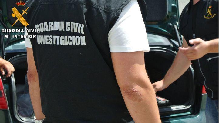 Detenidos cuatro menores por robar y golpear al dueño de un comercio de Paracuellos