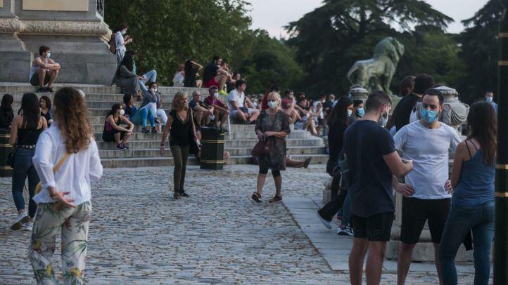 Gente en el Parque de El Retiro