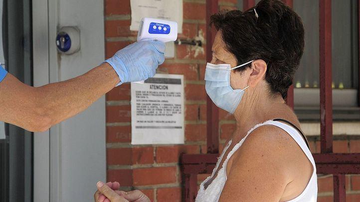 Madrid registra en las últimas 24 horas 817 nuevos contagios y 15 fallecidos con coronavirus