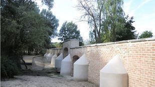 Finalizada la restauración de una pequeña parte del muro histórico de la Casa de Campo