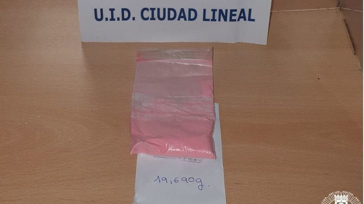 Detenido un hombre en Ciudad Lineal por llevar encima 20 gramos de cocaína rosa