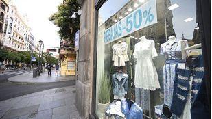 Una veintena de municipios acogerán hasta octubre la sexta edición de 'Comercios Mágicos'