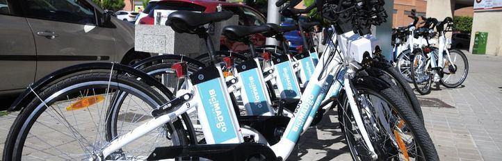 El servicio de bicicletas eléctricas sin base fija comienzan a rodar en Madrid