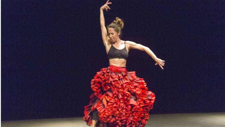 Ana Morales interpretando En la cuerda floja