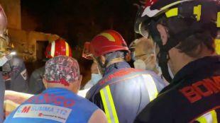 Herido grave tras caer diez metros por un hueco en un edificio abandonado