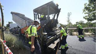 El Ayuntamiento amplía el asfaltado a 138 calles más y colocará cámaras en Centro