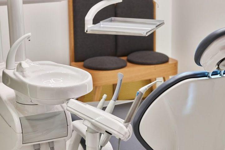 Clínicas dentales en Alcobendas: ¿cómo elegir la indicada?