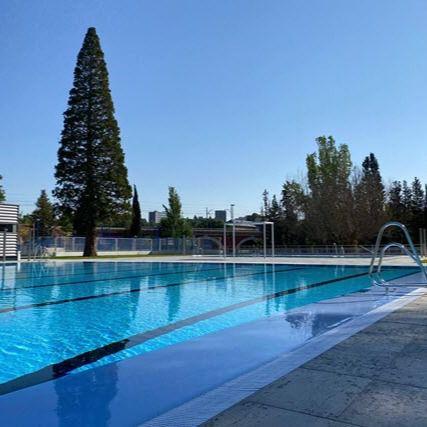 Vecinos de Manzanares-Casa de Campo denuncian el deficiente servicio de la piscina este verano