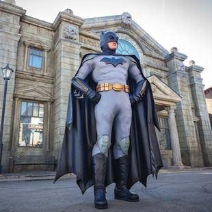 Batman celebra su aniversario en el Parque Warner