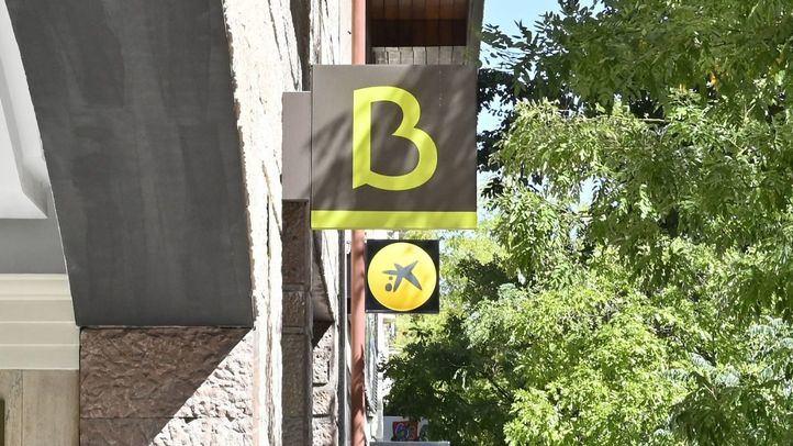 Sucursales de Bankia y La Caixa