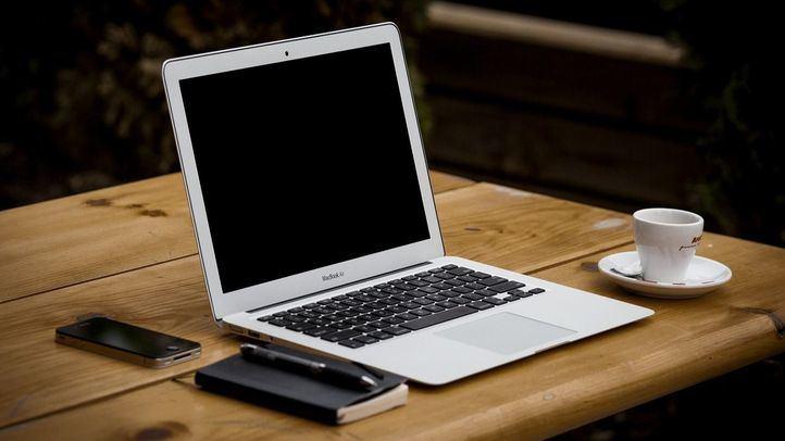 Naturgy potencia la digitalización de los estudiantes vulnerables con nuevas donaciones de equipos informáticos