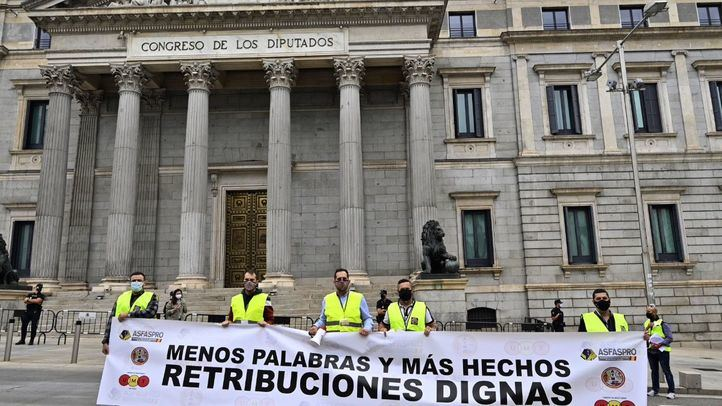 Manifestación en Madrid de los militares para exigir retribuciones 'dignas'