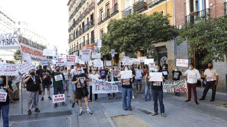 Duodécimo domingo de protestas de los comerciantes del Rastro