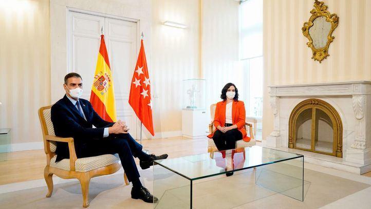 Sánchez y Ayuso acuerdan crear un espacio de cooperación semanal