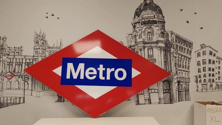 Metro instala dispensadores de gel hidroalcohólico en 50 estaciones