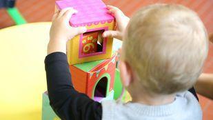 Los 103 menores afectados por el retraso en la apertura de la escuela infantil Rodas no pueden reubicarse