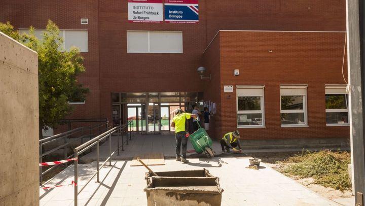 Más Madrid denuncia un 'desplome' del 47% en la inversión de mantenimiento de centros educativos