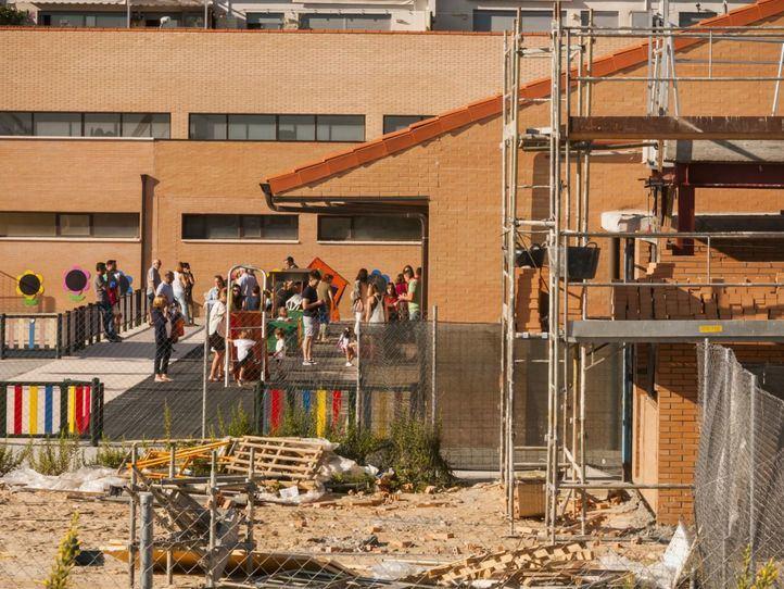 Aumento de ratios al demorarse parte de las aulas prefabricadas hasta noviembre