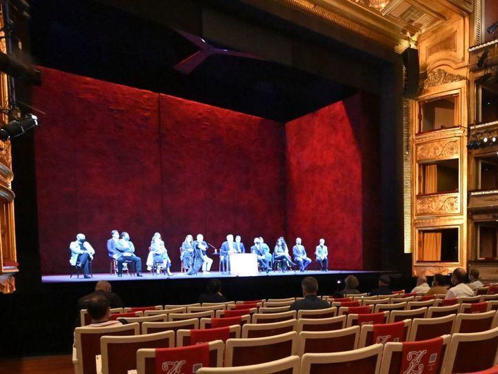 El Teatro de la Zarzuela vuelve a alzar el telón con 'Granada'