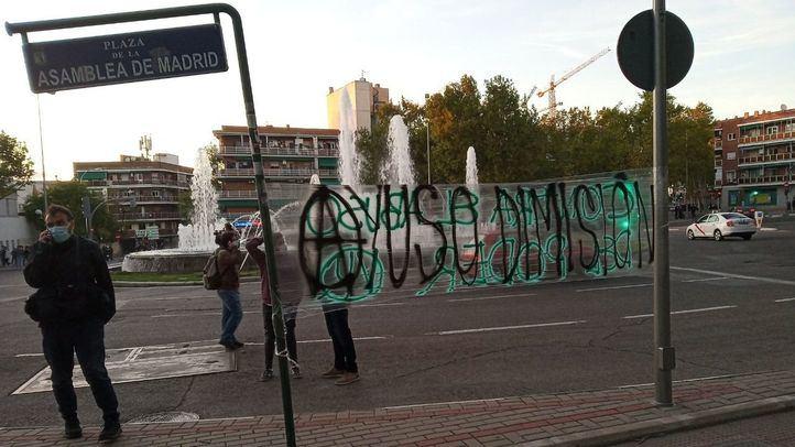 Nueva concentración en Vallecas en apoyo a los detenidos en los incidentes frente a la Asamblea
