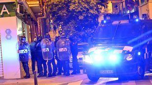 Ayuso da su apoyo a la Policía tras los altercados de Vallecas,