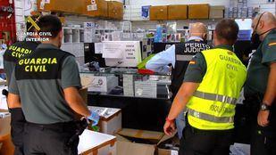 Intervenidos en el Polígono Cobo Calleja más de 13.100 artículos de telefonía falsificados