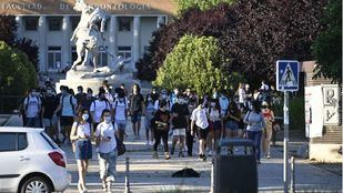 Convocadas cerca de mil plazas para docentes e investigadores, administración y servicios en las universidades