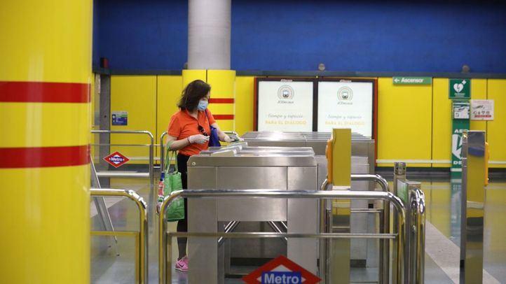 Metro implantará 52 nuevos sistemas de validación de billetes sin barrera