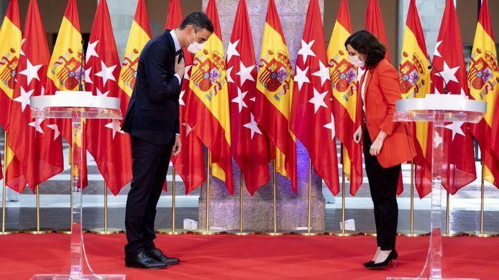 Ayuso acusa a Sánchez de 'vender el caos' y cree que Madrid estará cerrada 'hasta que le convenga'
