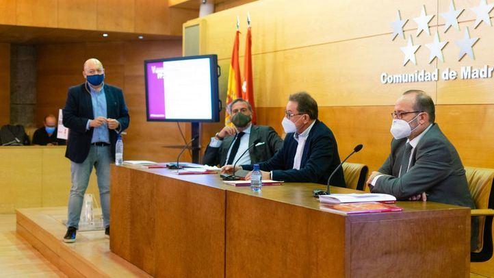 Ángel Asensio, presidente de la Cámara de Comercio de Madrid, Jaime Cedrún, secretario general de CCOO Madrid y  José María Rodríguez, director general de la FP en la Comunidad de Madrid.