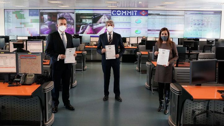 Metro recibe el certificado Aenor por sus 'buenas prácticas' contra el coronavirus