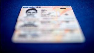 Desarticulada una organización criminal que falsificaba documentos a extranjeros