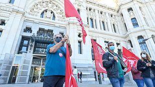 Concentración de los sindicatos en Cibeles.