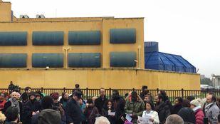 concentración frente al Centro de Internamiento de Extranjeros (CIE) de Aluche
