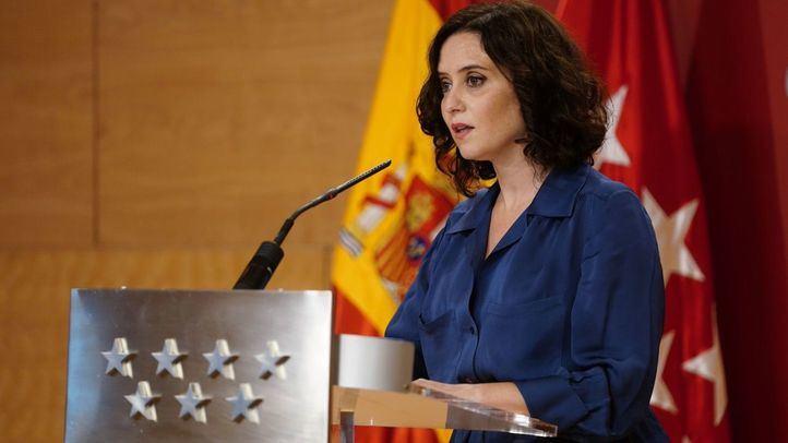 Ayuso asegura que 'Madrid no debe estar en alarma' ya que 'desde hace dos semanas bajan UCIs e ingresos'