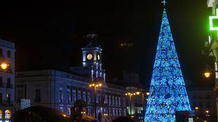 Puerta del Sol con la decoración navideña
