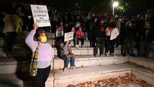 Manifestación antifascista en defensa de los menas en San Blas