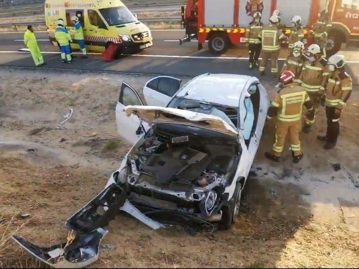 Un hombre, herido tras dar varias vueltas de campana con su coche