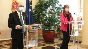 Javier Lambán, presidente de Aragón, y Sira Repollés, consejera de Sanidad