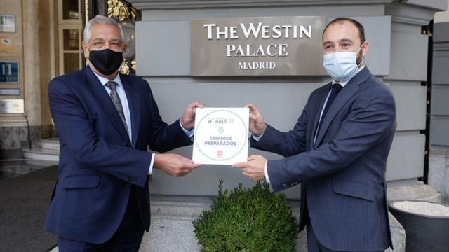 El Palace, primer hotel cinco estrellas en obtener su distintivo Garantía Madrid
