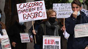 Los vendedores del Rastro vuelven a la calle para exigir un acuerdo para reabrir el mercado