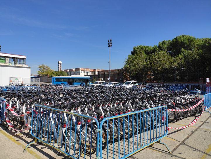 Biciletas de BiciMAD pendientes de ser reparadas